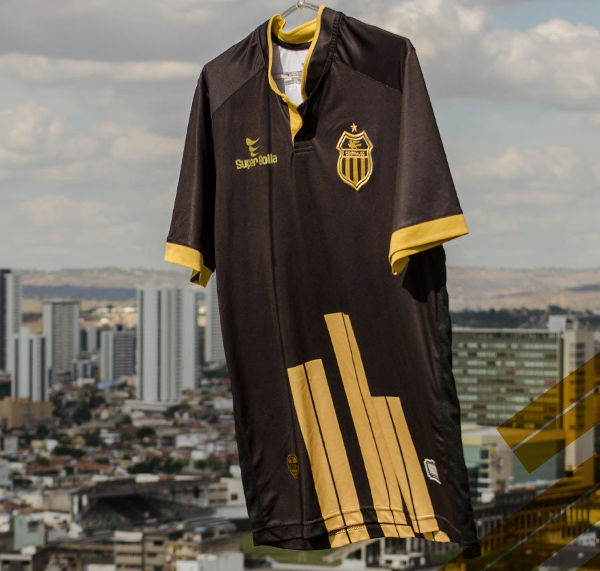 O uniforme especial do Central para celebrar o centenário em 2019 ... 6a50abd573579