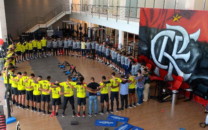 As homenagens dos pernambucanos às vítimas da tragédia no CT do Flamengo