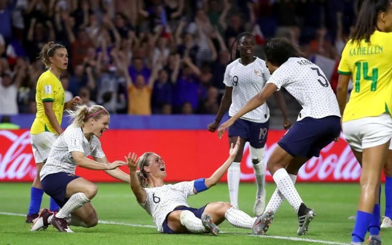 Seleção Feminina perde da França na prorrogação e sai nas oitavas pela 2ª vez seguida