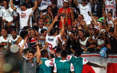 Pipico decide mais uma vez e Santa Cruz vence o Náutico no Brasileiro