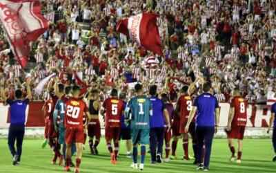 Com apoio da torcida, Náutico vence o Botafogo no Almeidão e garante vaga