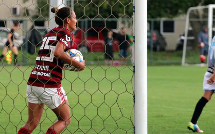56 x 0 | Feminino do Flamengo supera marca pernambucana de maior goleada do país