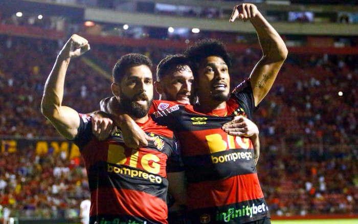 Sport marca aos 47 minutos e vence o líder Bragantino na Ilha do Retiro
