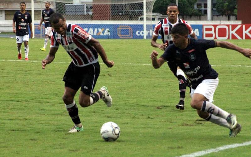 Em Belém, o Santa Cruz empata sem gols com o Remo e segue invicto na C