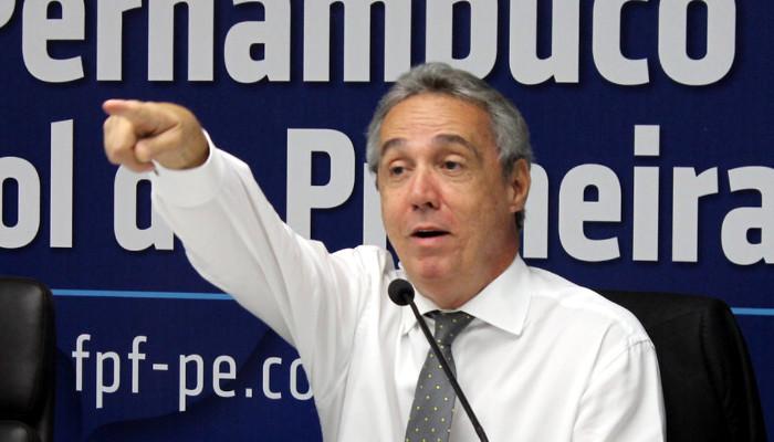 """Evandro Carvalho sobre manipulação de resultados na PB: """"Risco zero em PE"""""""