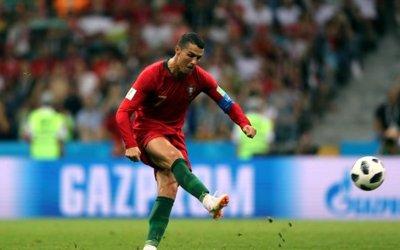 Empate de 6 gols no clássico ibérico, com hat-trick de Cristiano Ronaldo