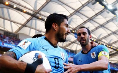 Uruguai vence Arábia e vai às oitavas pela 3ª vez seguida. A Rússia também