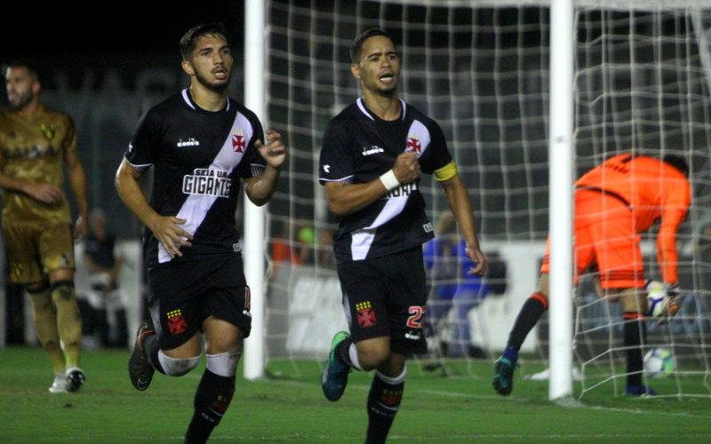 Apesar da reação, o Sport leva gol aos 44/2T e perde do Vasco em São Januário