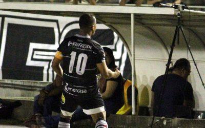 Com 2 gols de falta de Marcos Aurélio, Botafogo vence e ultrapassa o Santa