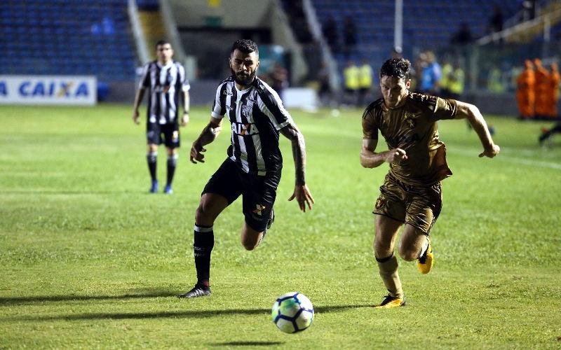 Lanterna, Ceará encerra jejum de 101 dias e vence o inoperante Sport no PV