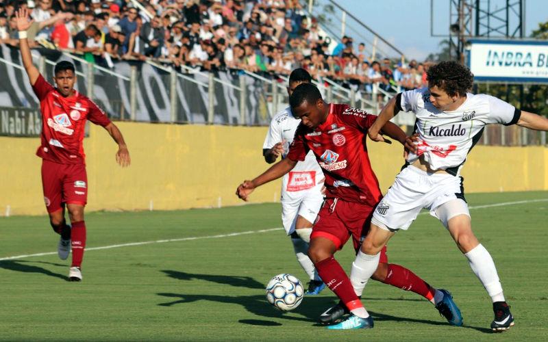 Náutico perde do Bragantino em SP e terá que vencer por 2 gols, no mínimo