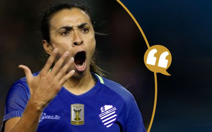 Marta diz que toparia jogar no CSA no Brasileirão de 2019. O que diz a regra?