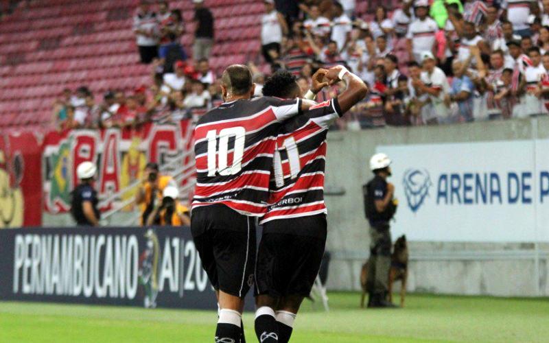 Santa Cruz goleia o Afogados e Elias Carioca marca novamente na Arena