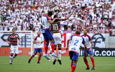 Com 2 gols de Gilberto, Bahia vence o Santa Cruz na Arena Pernambuco