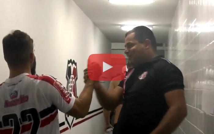 Vídeo | Os bastidores da classificação do Santa no clássico na Copa do Brasil