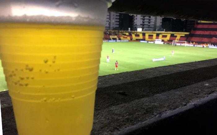 Sport estipula R$ 1 a menos na cerveja a cada 5 mil ingressos nas quartas. Custará quanto?
