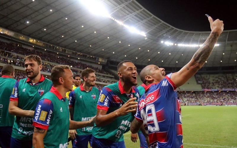 Fortaleza vence o Botafogo e fica a um empate do título inédito no Nordestão
