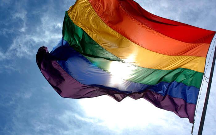 O posicionamento dos clubes do Nordeste contra a homofobia. Torcida plural