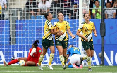 Com falhas individuais, Brasil perde de virada da Austrália e se complica