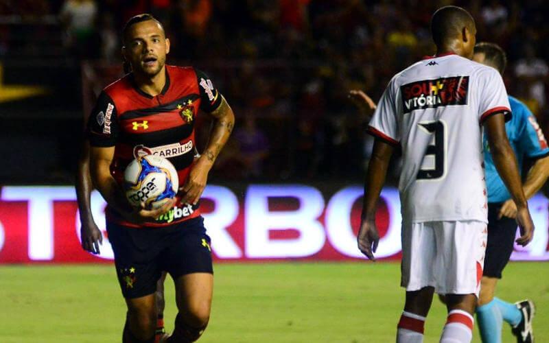 Em noite de golaços, o Sport vence o Vitória na Ilha e retorna ao G4