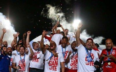 Náutico vira o 11º campeão nacional do Nordeste. Ao todo, 16 títulos