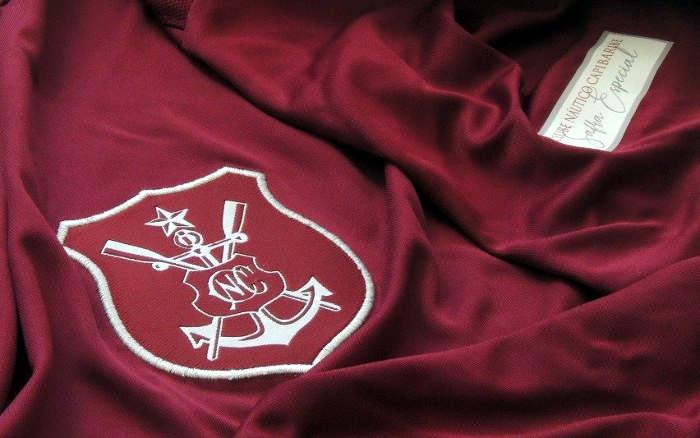 Náutico lança a 4ª camisa oficial no primeiro ano da N Seis. Vinho 80 anos