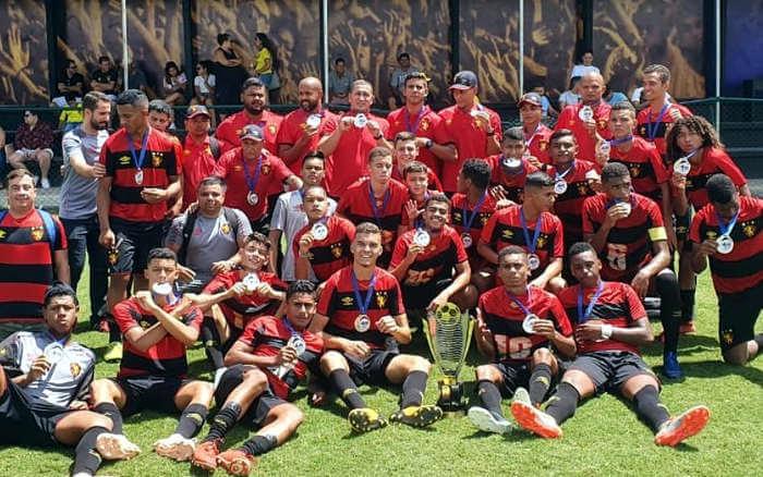 Com 64 gols em 11 jogos, Sport fatura o hexacampeonato no Estadual Sub 15