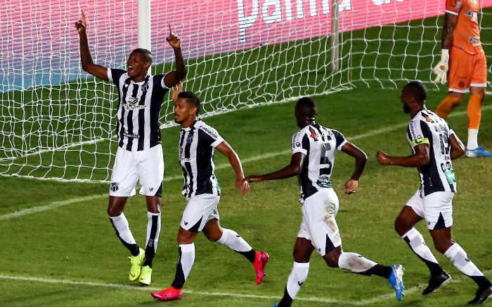 Invicto, o Ceará vence o Bahia de novo e conquista a Copa do Nordeste. Bi!
