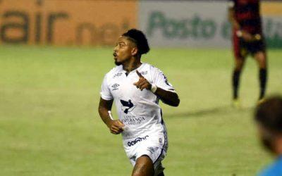 Marinho marca golaço para o Santos e o Sport perde a primeira na Ilha do Retiro
