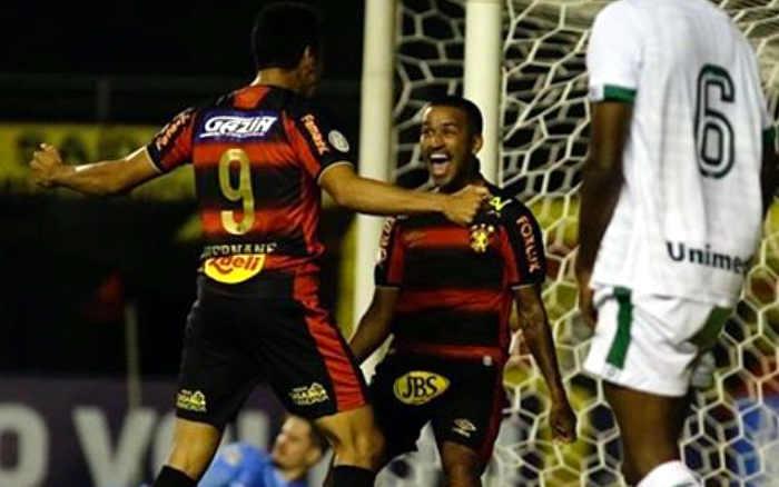 Ataque funciona e Sport bate o Goiás, vencendo a 2ª seguida no Brasileiro