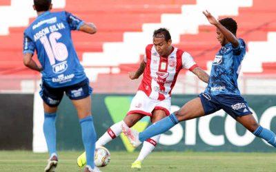 Náutico joga melhor, mas cede empate ao Cruzeiro. Apenas 2 vitórias em 9 jogos nos Aflitos