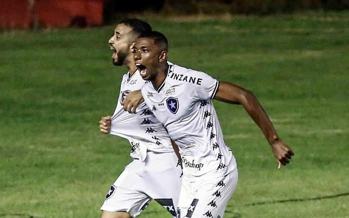 Modificado, o Sport joga muito mal e perde do Botafogo na Ilha. O 2º revés seguido