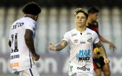 Sport até reage na Vila, mas acaba derrotado pelo Santos. O 3º revés seguido