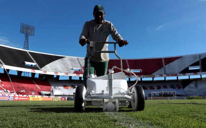 Análise | Santa dividirá 2021 entre futebol, política e uma reforma inadiável