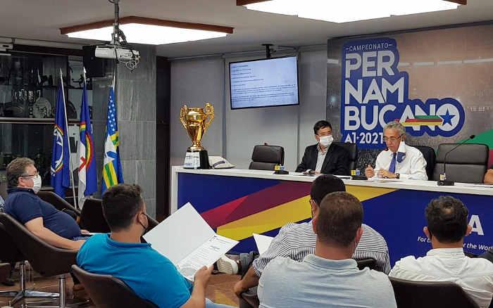 Clubes vetam mudança e Pernambucano 2021 terá turno e mata-mata com 6 times