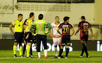 Apagão acaba jogo com vitória da Juazeirense sobre o Sport; vaga será definida no STJD