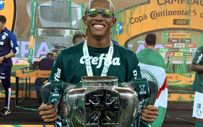 Com lá e lô, Palmeiras vence o Grêmio e vira tetra na Copa do Brasil; o 15º nacional