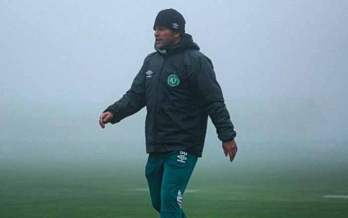 """Umberto Louzer e a missão de transformar o elenco do Sport; o 1º ato da """"nova gestão"""""""