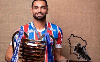 Gilberto, o melhor jogador da Copa do Nordeste de 2021. Campeão e artilheiro
