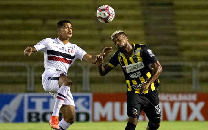 Santa empata em Volta Redonda, mas acaba a rodada na lanterna; 2 gols em 5 jogos