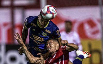Com falha grotesca, Náutico perde do Vila Nova em Goiânia; 1 vitória em 10 rodadas