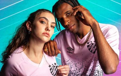Sport lança a 2ª versão da camisa rosa; parte da renda revertida à causa social